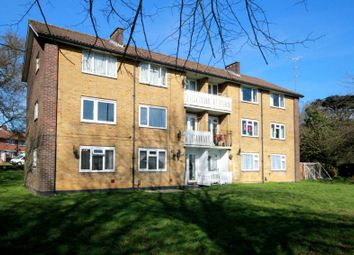 Thumbnail 2 bed flat for sale in Wadley Close, Hemel Hempstead