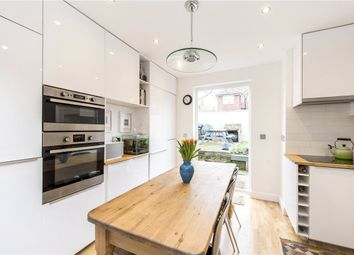 3 bed maisonette for sale in Fieldview, Wandsworth SW18