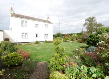 Thumbnail 2 bed cottage for sale in Bennetland Lane, Gilberdyke, Brough
