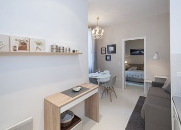 Thumbnail 1 bedroom flat to rent in Abingdon Road, London
