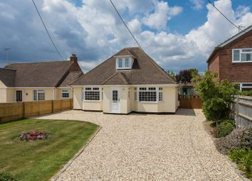 Thumbnail 4 bed property for sale in Park Road, Didcot