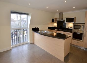 Thumbnail 2 bed flat to rent in St. James Gate, Sunningdale, Ascot