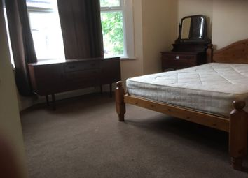 Thumbnail 1 bed flat to rent in Angles Road, Streatham London
