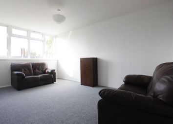 Thumbnail 3 bedroom flat to rent in Union Grove, London