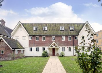 Thumbnail 2 bed flat to rent in Coopers Green Lane, Hatfield