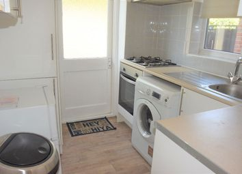 Thumbnail 3 bed detached house to rent in Mays Lane, Barnet