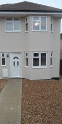Thumbnail 1 bedroom detached house to rent in Hazel Road, Botley