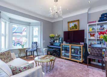 Thumbnail 2 bed flat for sale in Wellesley Road, Gunnersbury