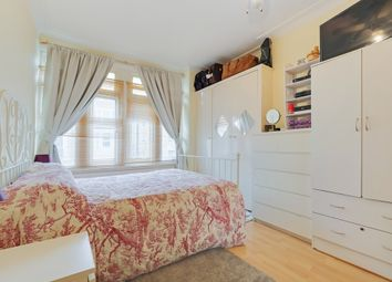 Thumbnail 2 bedroom flat for sale in Knollys Road, Streatham, London