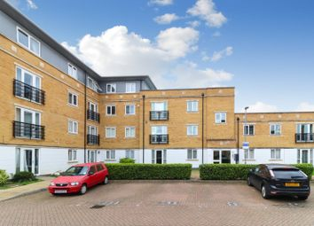 Thumbnail 2 bed flat for sale in Wander Wharf, Kings Langley