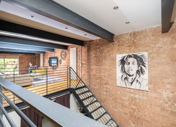 Sherborne Lofts, 33 Grosvenor Street West B16