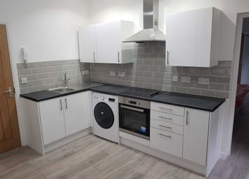 Thumbnail 1 bed flat to rent in Kincraig Street, Cardiff