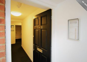 Thumbnail Room to rent in Upper Green Street, High Wycombe