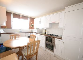 Thumbnail 1 bed flat to rent in Ward Royal, Windsor