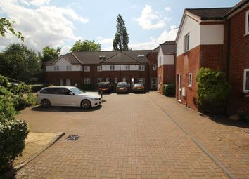 Thumbnail 2 bed flat for sale in Wingrove Road, Reading