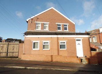 Thumbnail 2 bed flat to rent in Aston Mount, Bramley, Leeds