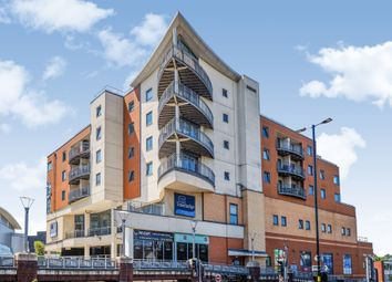 Ladywood Middleway, Edgbaston, Birmingham B16. 2 bed flat for sale