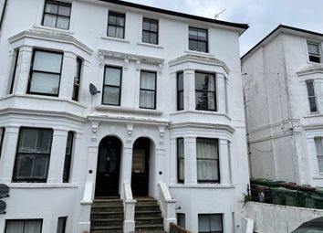 Thumbnail 2 bed flat to rent in Mount Sion, Tunbridge Wells, Kent