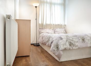 Thumbnail Room to rent in Cable Street, Tower Hill London