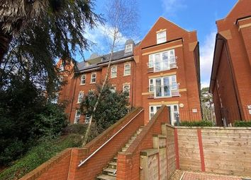 Bournemouth Road, Lower Parkstone, Poole, Dorset BH14. 2 bed flat for sale