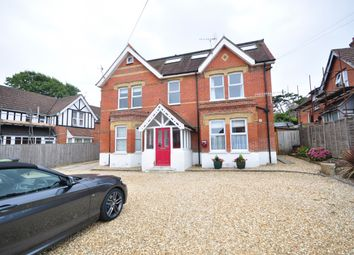 Thumbnail 2 bed flat to rent in The Avenue, Totland Bay