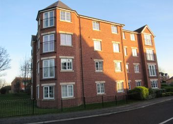 2 bed flat to rent in New Forest Way, Middleton, Leeds LS10