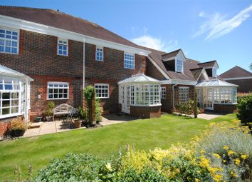 Thumbnail 2 bed property for sale in Benningfield Gardens, Berkhamsted
