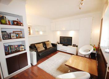 Thumbnail 2 bed flat to rent in Goldington Street, London