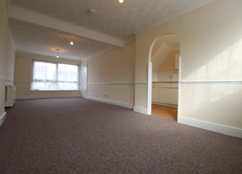 Thumbnail 3 bed flat to rent in Roseberry Avenue, Benfleet