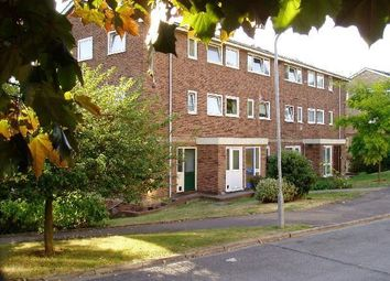 Thumbnail 3 bed flat to rent in Denham Close, Maidenhead