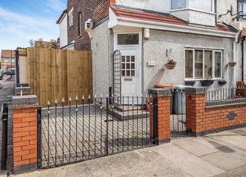 Thumbnail 1 bed flat for sale in Roman Road, London