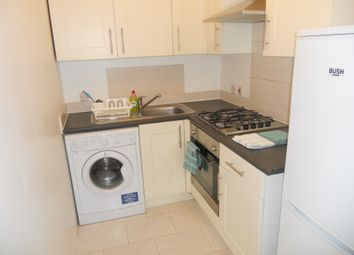 Thumbnail 1 bedroom flat to rent in Howley Road, Croydon