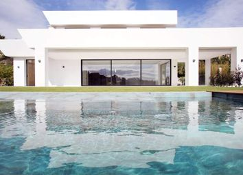 Thumbnail 5 bed villa for sale in Benahavis, Malaga, Spain
