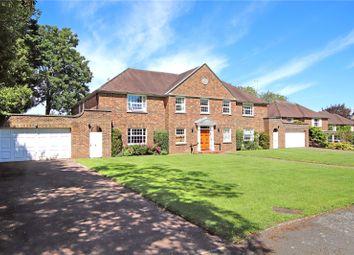 Raglan House, Kilfillan Gardens, Berkhamsted, Hertfordshire HP4. 3 bed flat