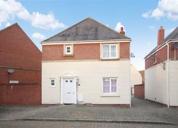 Thumbnail 3 bedroom detached house for sale in Hartington Road, Oakhurst, Swindon