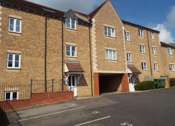 Thumbnail 1 bed flat to rent in Rosemary Drive, Banbury