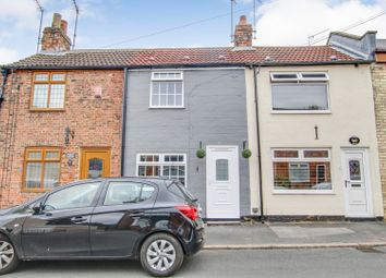 Thumbnail 2 bedroom cottage for sale in Watson Street, Hull
