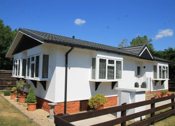 Thumbnail 2 bed mobile/park home for sale in Ferndale Park Fifiled Road, Bray, Maidenhead