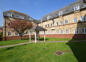 Thumbnail 2 bed flat for sale in Colne Road, Halstead