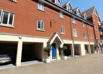 Thumbnail 2 bed flat for sale in Neptune Square, Ipswich