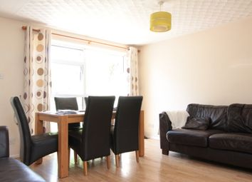3 bed terraced house to rent in Totnes Close, Bedford MK40