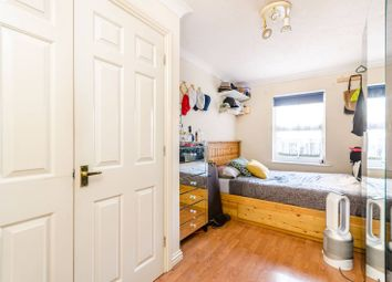 Thumbnail 2 bedroom flat for sale in Woods Road, Peckham