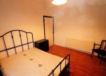 Room to rent in Hazelbank Road, London SE6