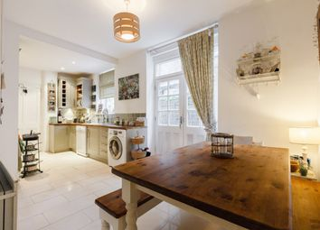 Thumbnail 2 bed flat for sale in Newlands Terrace, London, London