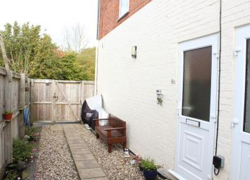 Thumbnail 2 bed maisonette to rent in Smitham Bridge Road, Hungerford, 0Qp.