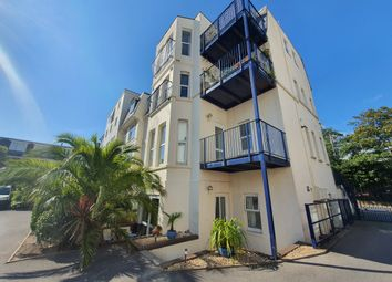 Owl Road, Boscombe Spa, Bournemouth BH5. 2 bed flat for sale