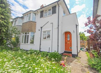 Thumbnail Flat for sale in Grove Close, Kingston Upon Thames