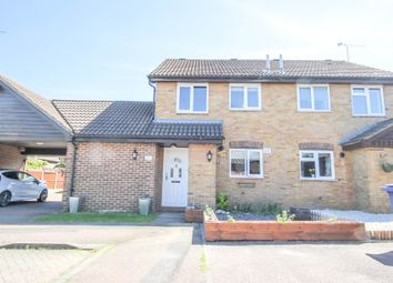 2 bed semi-detached house for sale in Ark Avenue Chafford Hundred, Grays RM16