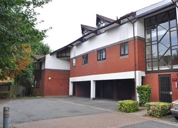 Thumbnail 3 bed flat to rent in Cosgrove Close, London
