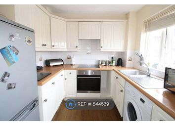 1 bed flat to rent in Brimfield Road, Purfleet Essex RM19